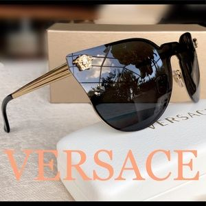 VERSACE Rock Icon sunglasses